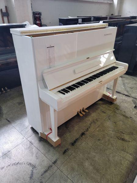 日本製造U3 YAMAHA白色鋼琴 買中古琴找黃先生就對了