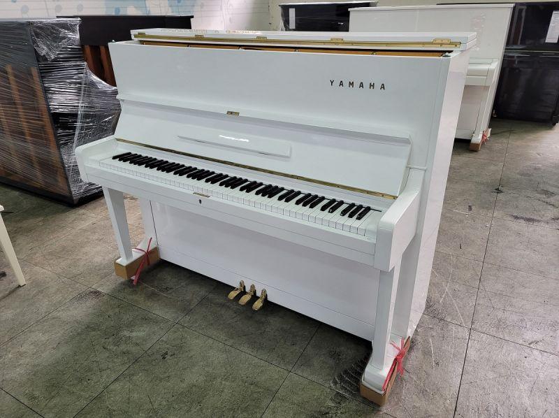 日本白色鋼琴 YAMAHA U1 0980494792 二手鋼琴黃先生