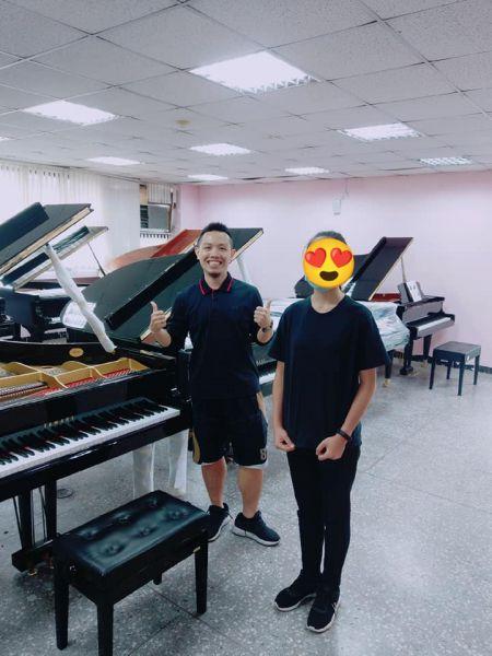 分享:鋼琴維修 感謝本週購買二手鋼琴的顧客