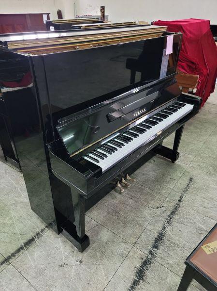 日製YAMAHA U3 二手鋼琴 歡迎來電洽詢享甜甜 0980494792 中古鋼琴黃先生