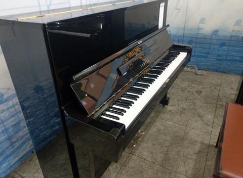 日本Yamaha U1 二手鋼琴 0980494792 中古鋼琴黃先生