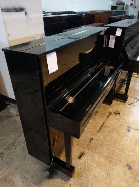 新貨到 YAMAHA 二手鋼琴買賣回收