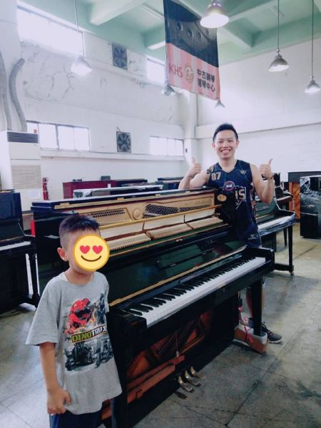 感謝陳老師及邱老師租借我們演藝廳辦活動,及感恩近期購買二手鋼琴的顧客!