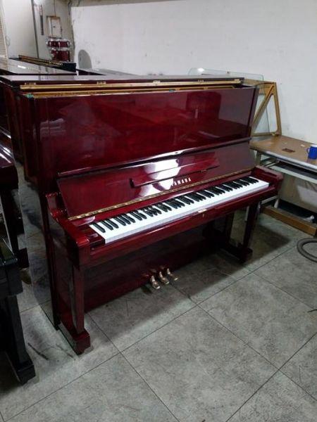 酒紅木紋色 YAMAHA U3 中古鋼琴