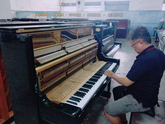 買賣YAMAHA U3 二手鋼琴(製號:T2XXXX)